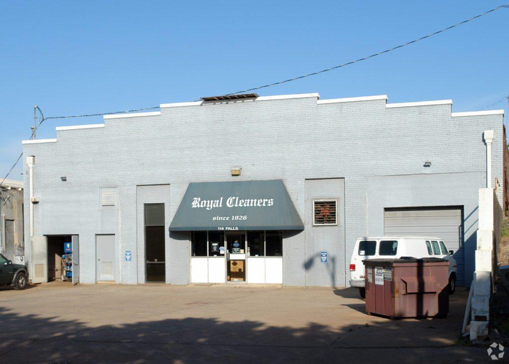 114 Falls St Greenville